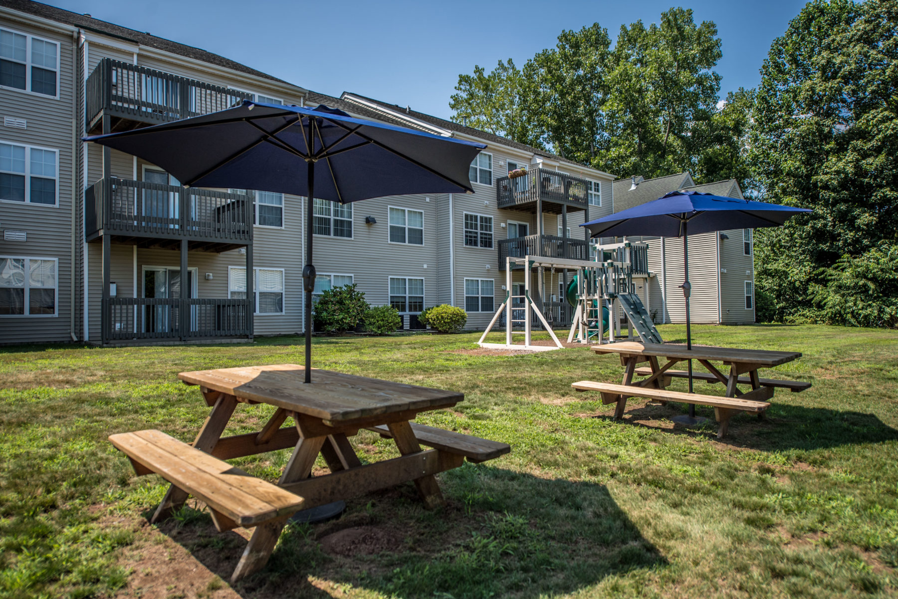 Picnic and play area windshire terrace apartments middletown ct