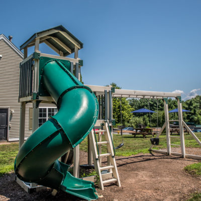 middletown luxury apartments playground