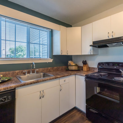Upgraded kitchens with modern features at Windshire Terrace apartments