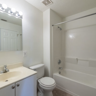 Luxury bathroom features in modern apartments in Middletown
